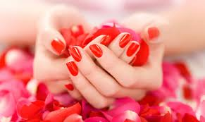Shellac_nails_and_roses